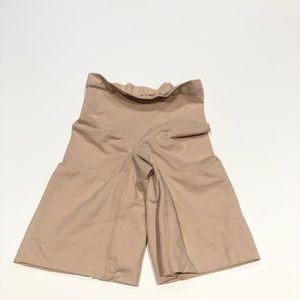 Spanx High Waisted Thigh Short